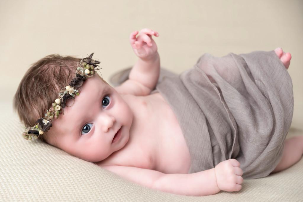 Photographe séance photo studio bébé 10