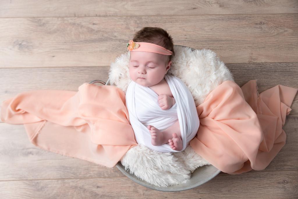 Photographe séance photo studio bébé 3