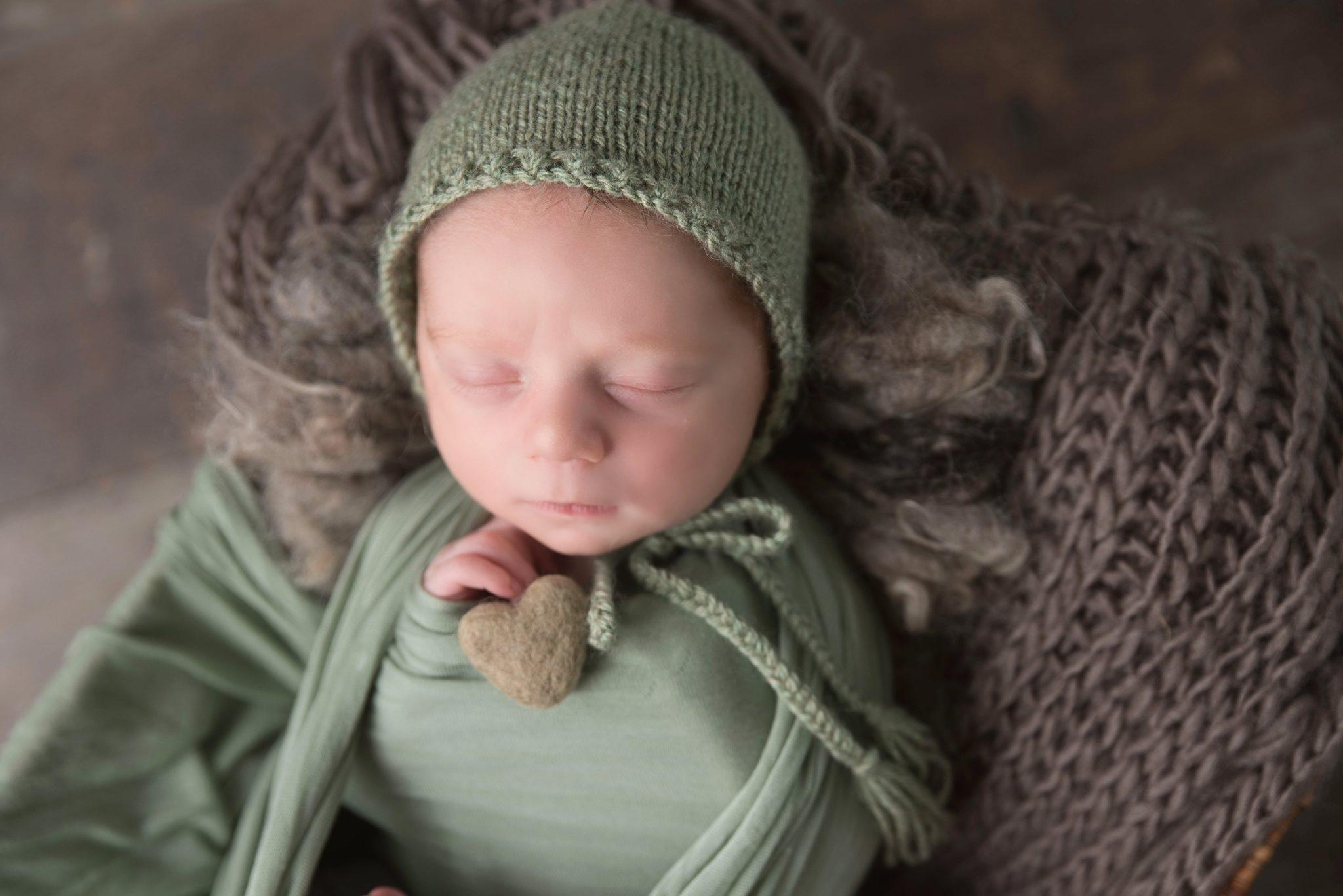 Photographe nouveau né bébé oise seine et marne val d'oise (1)-min