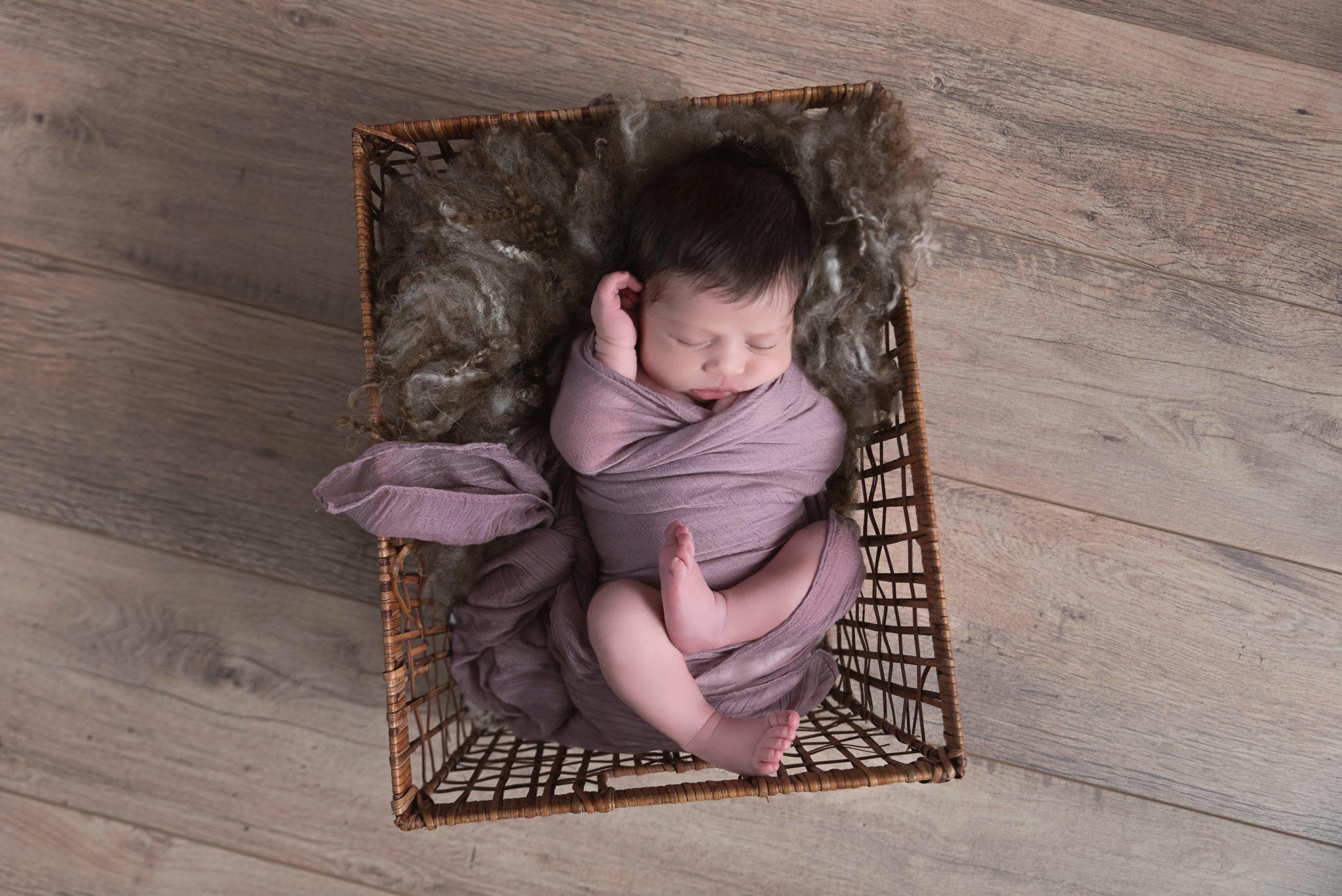 Photographe nouveau né bébé oise seine et marne val d'oise (3)-min