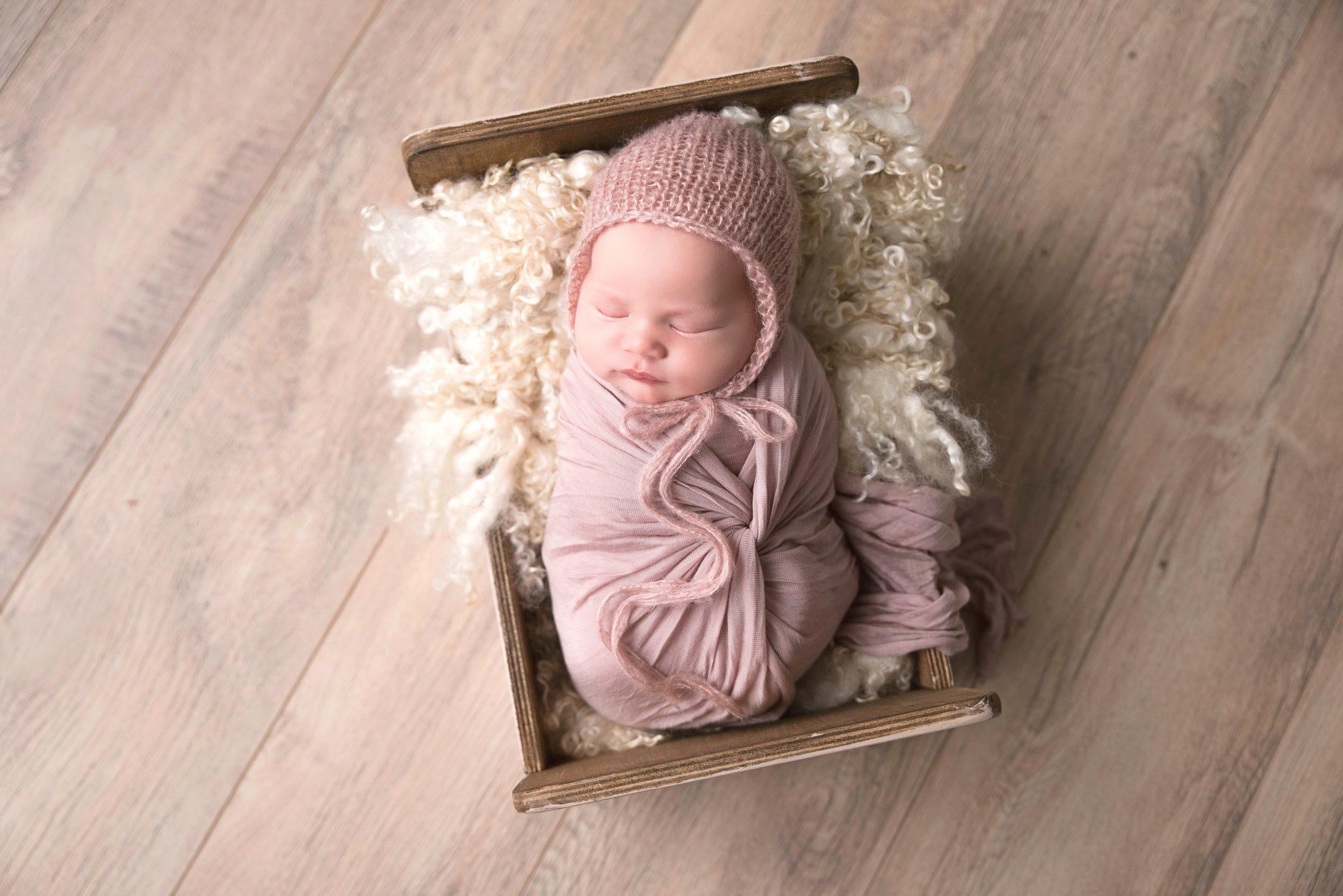 Photographe nouveau né bébé oise seine et marne val d'oise (32)-min