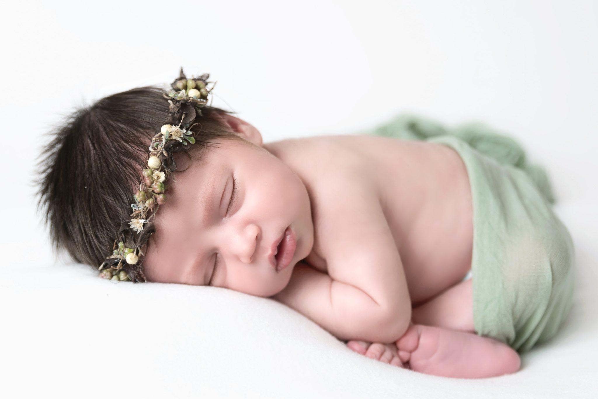 Photographe nouveau né bébé oise seine et marne val d'oise (4)-min