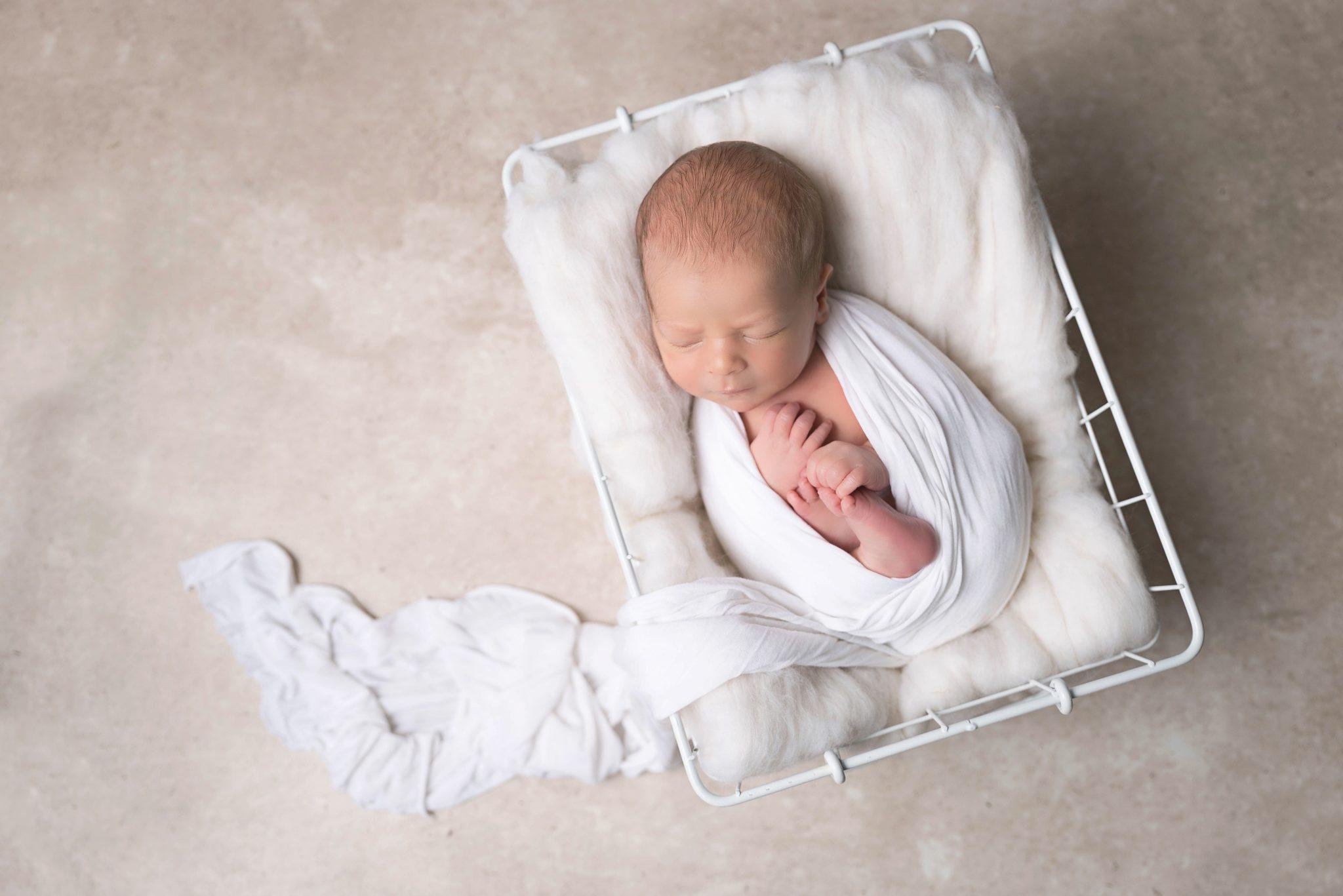 Photographe nouveau né bébé oise seine et marne val d'oise (95)