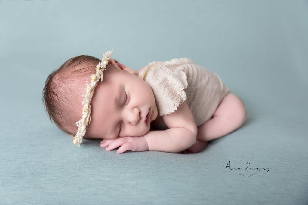 Séance photo nouveau né bébé R – Oise Seine et Marne